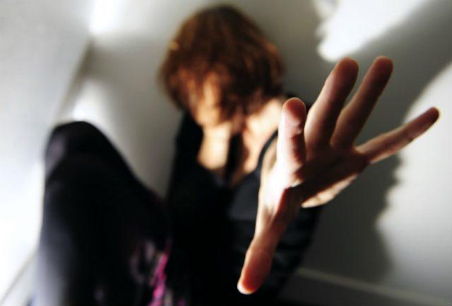ХОРОР ВО ИНДИЈА: 15- годишно девојче силувано од 33 мажи