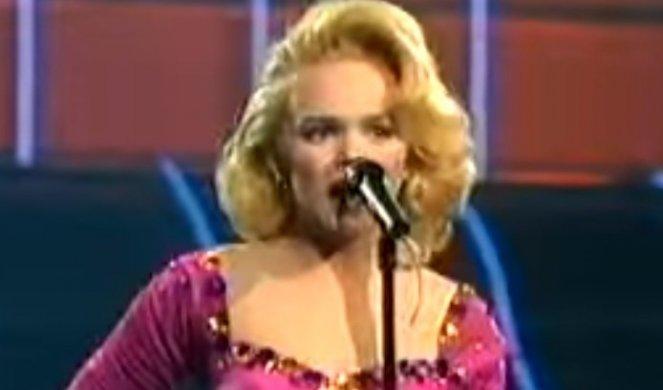 РЕГИОНОТ ШОКИРАН: Југословенската мегапопуларна пејачка откри дека била силувана на 16 години..