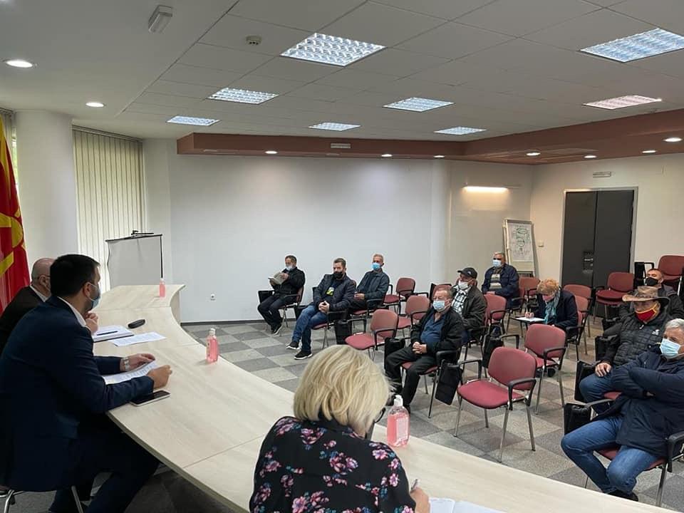 Министерот Хоџа одржа состанок со оризопроизводителите: Дијалог и со откупувачите и со производителите, е единствениот начин на кој секогаш ќе ги носиме најдобрите решенија