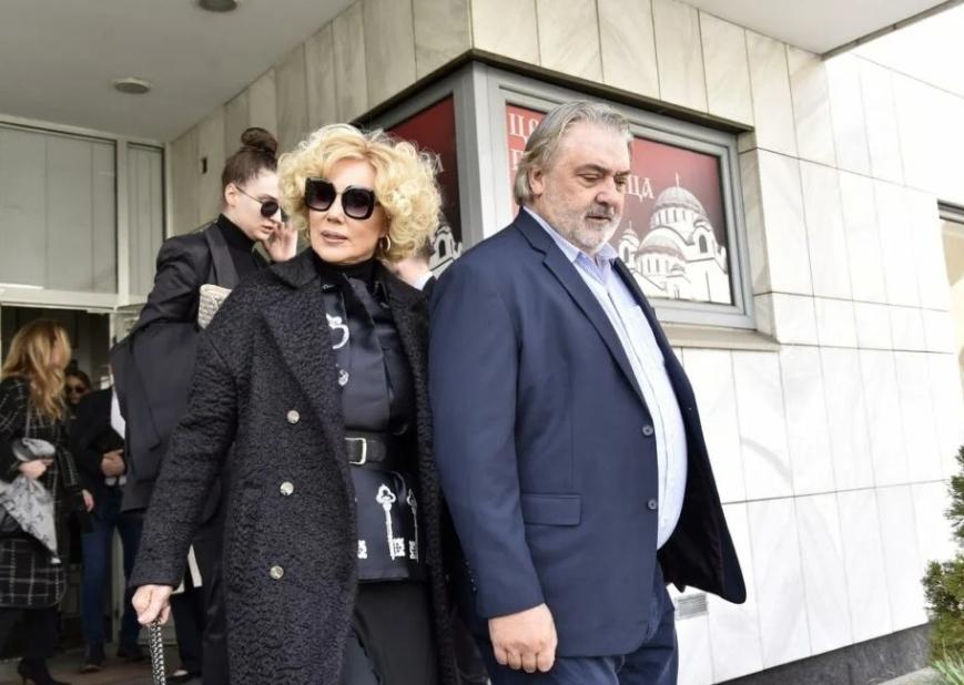 Лепа Брена и Боба  во голем проблем – завршија на суд, а може да загубат дури половина милион евра